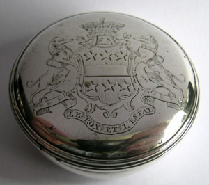 A very fine George II silver snuff box